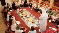 authentic-emirati-cultural-meal-and-talk-in-old-dubai-in-dubai-268015